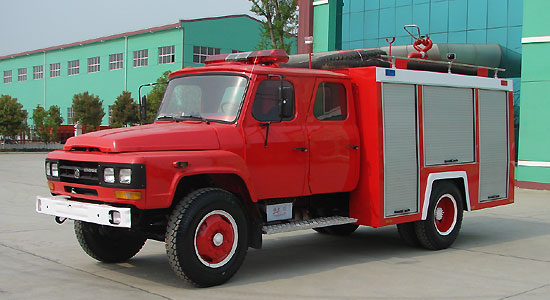 dongfeng 140 800gallon water fire truck