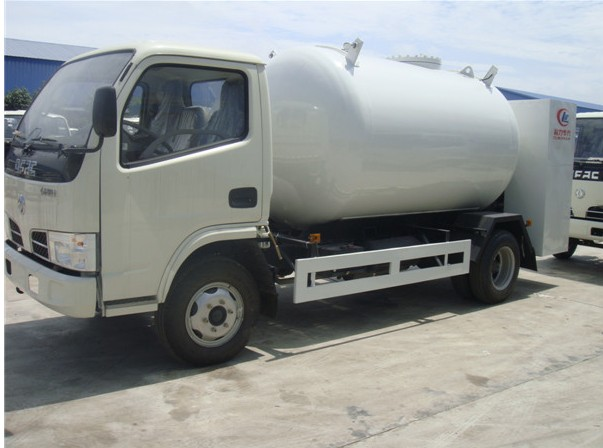 Dongfeng LPG gas dispenser vehicle